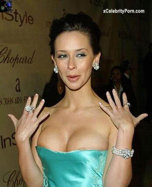Jennifer Love Hewitt Ensenando sus Grandes Pechos - famosas-desnudas-celebrityporn-tetas-descuido-fotos-filtradas (2)