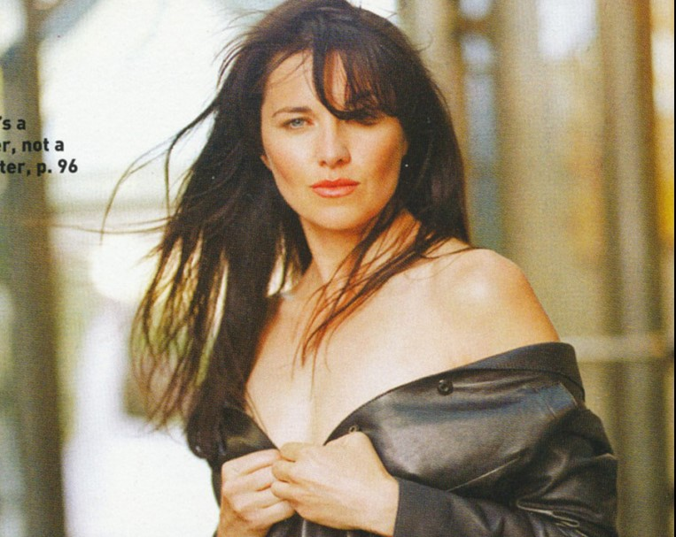 Lucy Lawless la Famosa Xena la Guerrera Desnuda -xena-xxx-follando-descuido-desnuda-vagina-tetas-famosas-desnudas-celebrity-porn (2)