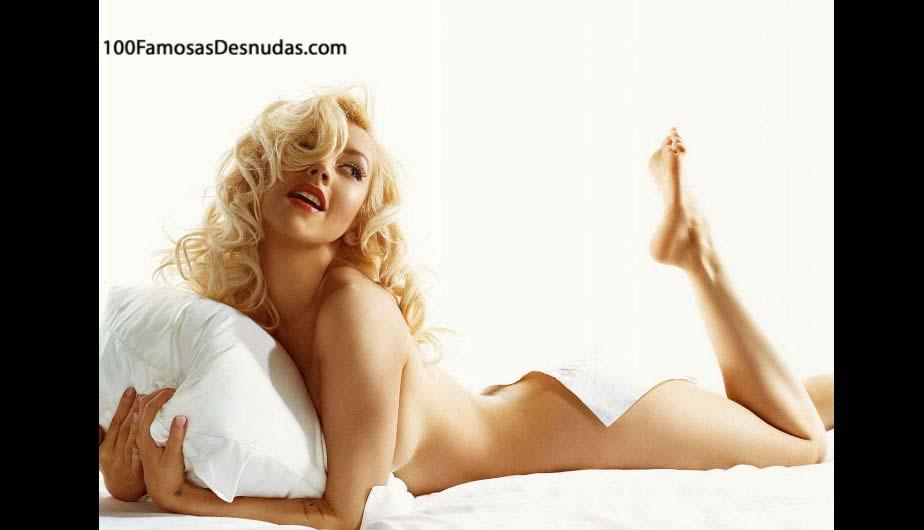 el-desnudo-de-christina-aguilera-xxx-famosa-ensenando-tetas-famosas-fotos-robadas-celebridadesenselando-cono-1